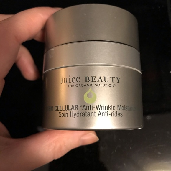 Juice Beauty Other - Juice Beauty stemcellular Anti-wrinkle moisturizer